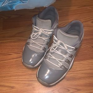 Air Jordan 11 Low Grey Size 6.5